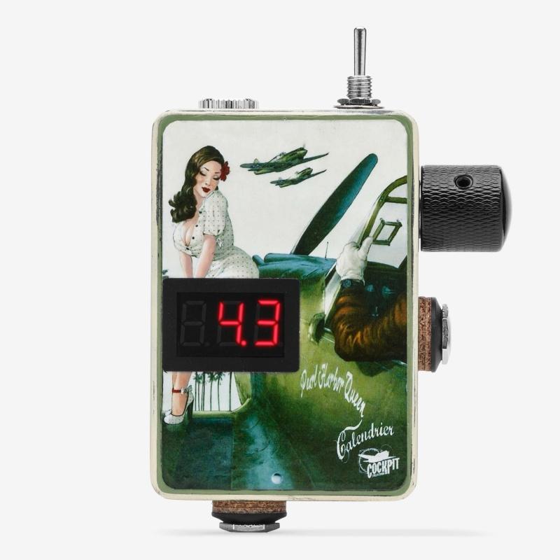 Foxxx Detonator 3.1 Custom Pin Up #2